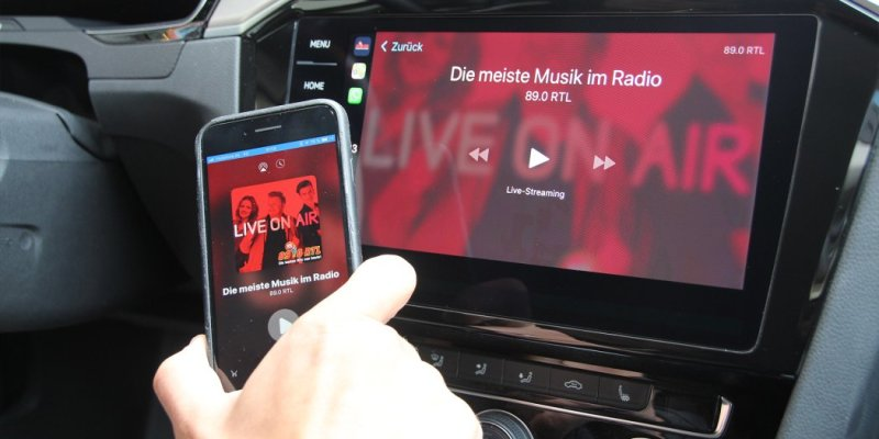 89.0 RTL über Apple CarPlay hören